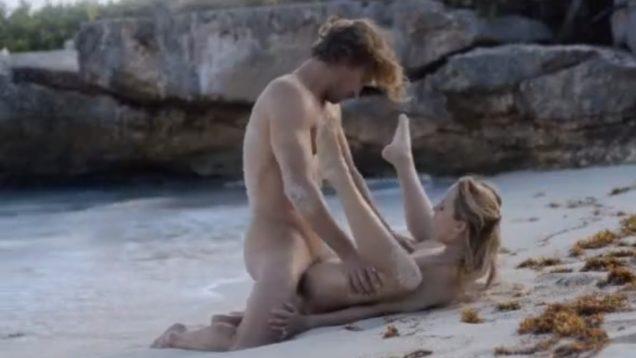 Красивый секс на пляже