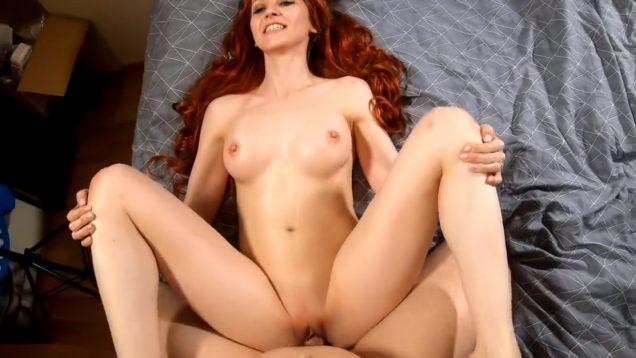 Рыжуха любит грубый секс